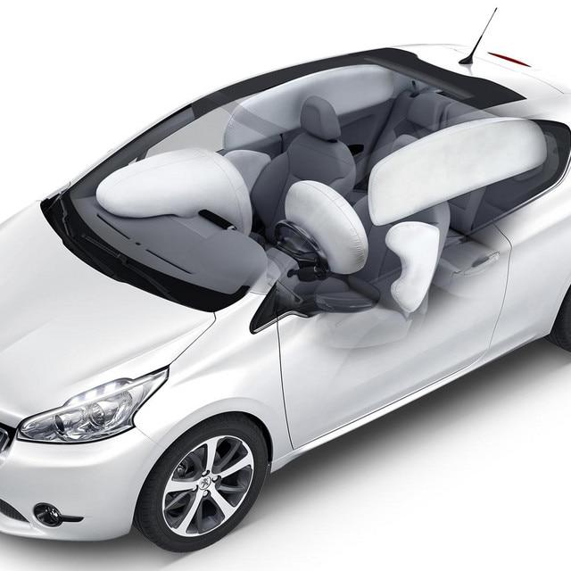 /image/04/1/peugeot-208-doors-airbags_de_serie_1920x1080.8041.jpg
