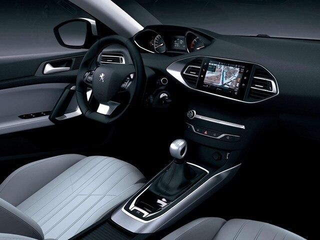 Nouvelle PEUGEOT 308 – Grand intérieur ergonomique avec le PEUGEOT i-Cockpit®