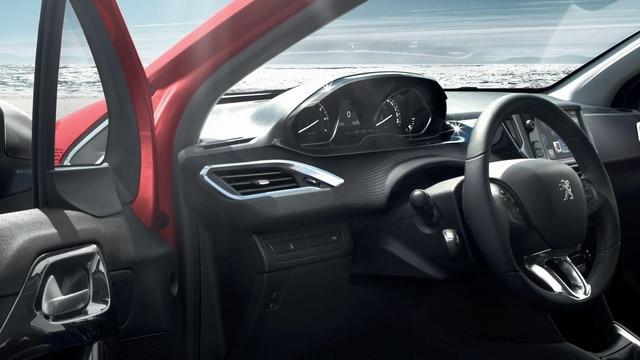 """Peugeot 208: combiné tête haute, volant compact et écran tactile 7"""""""