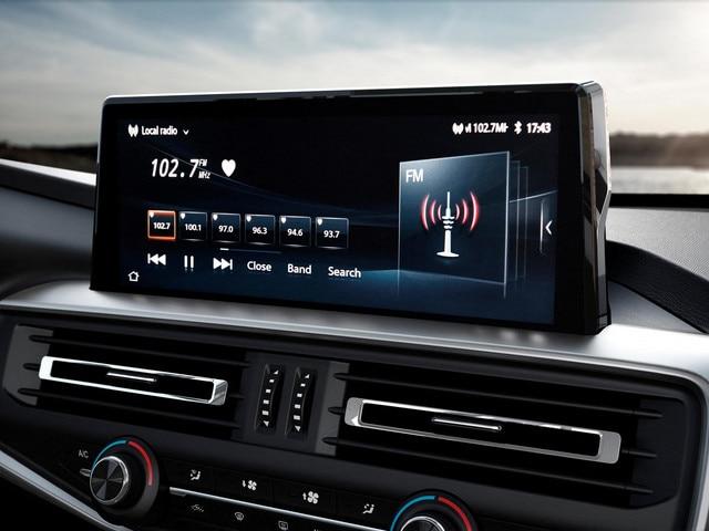 """Nouveau pick-up PEUGEOT LANDTREK Multipurpose 4x4 écran tactile 10"""""""