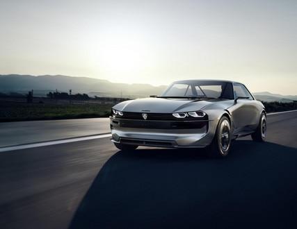 PEUGEOT e-LEGEND CONCEPT: la voiture autonome 100% électrique par PEUGEOT